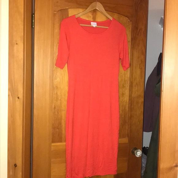 LuLaRoe Dresses & Skirts - LulaRoe Julia dress size small